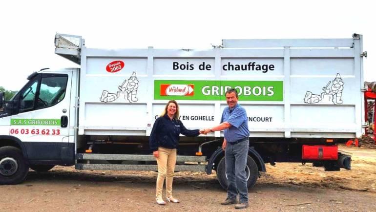 Chers clients, nous avons l'immense joie de vous annoncer la fusion de la société GRIBOBOIS avec nos établissements VROLAND.